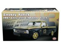 ACME 1:18 scale Smokey Yunick Gold/black 1967 Chevy C10