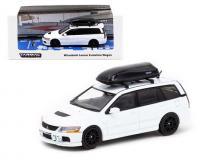 1:64 white Mitsubishi Lancer Evolution Wagon with Roof Box in plastic case