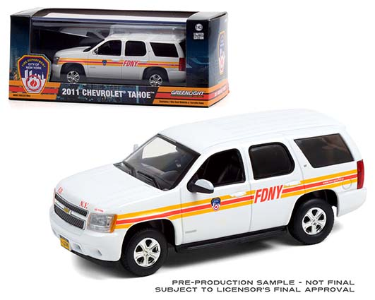 Greenlight 1 43 2011 Chevy Tahoe FDNY Fire Family Transport in plastic case